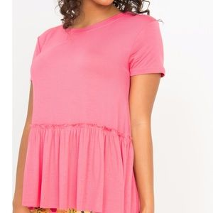 💐 Relaxed Ruffle Tee Coral Top A&D small💐